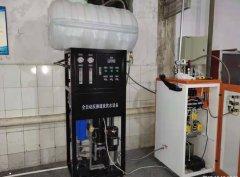 电蒸汽发生器的安装及性能